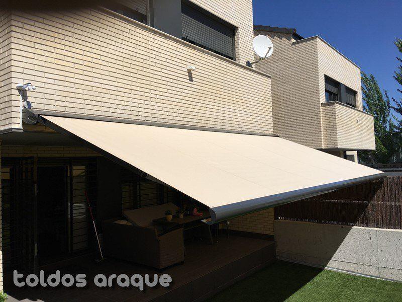 Empresa Toldos en Madrid toldos instaladores Araque Instalación de toldo extensible cofre en Pinto - Madrid Trabajos realizados
