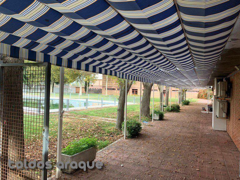 Instalación de 12 pergolas 80 x 40 en San Martin de la Vega-Madrid