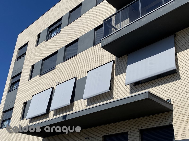 Instalación de 4 toldos cofre portada motorizados en Valdemoro – Madrid