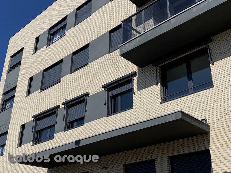 Empresa Toldos en Madrid toldos instaladores Araque Instalación de 4 toldos cofre portada motorizados en Valdemoro - Madrid Trabajos realizados