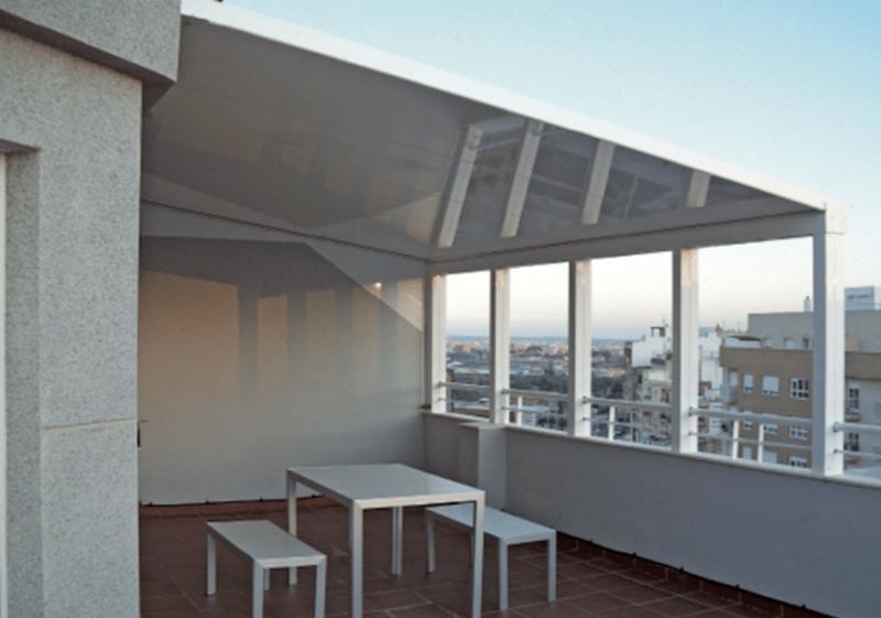 Empresa Toldos en Madrid toldos instaladores Araque TECHO FIJO PANEL SANDWICH AUTOPORTANTE MADRID